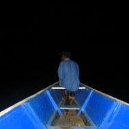 Kaaimannen zoeken in de nacht
