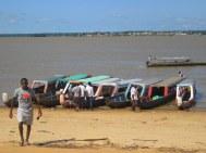 Albina, oversteek naar Frans-Guyana