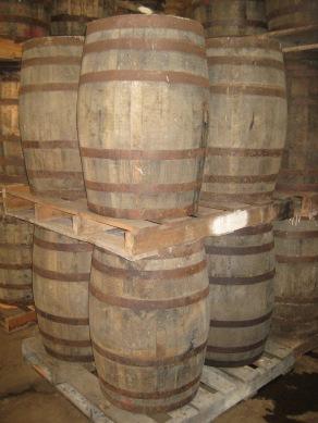 De vaten vol El Dorado rum in Guyana